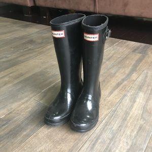 Girls Hunter boots.